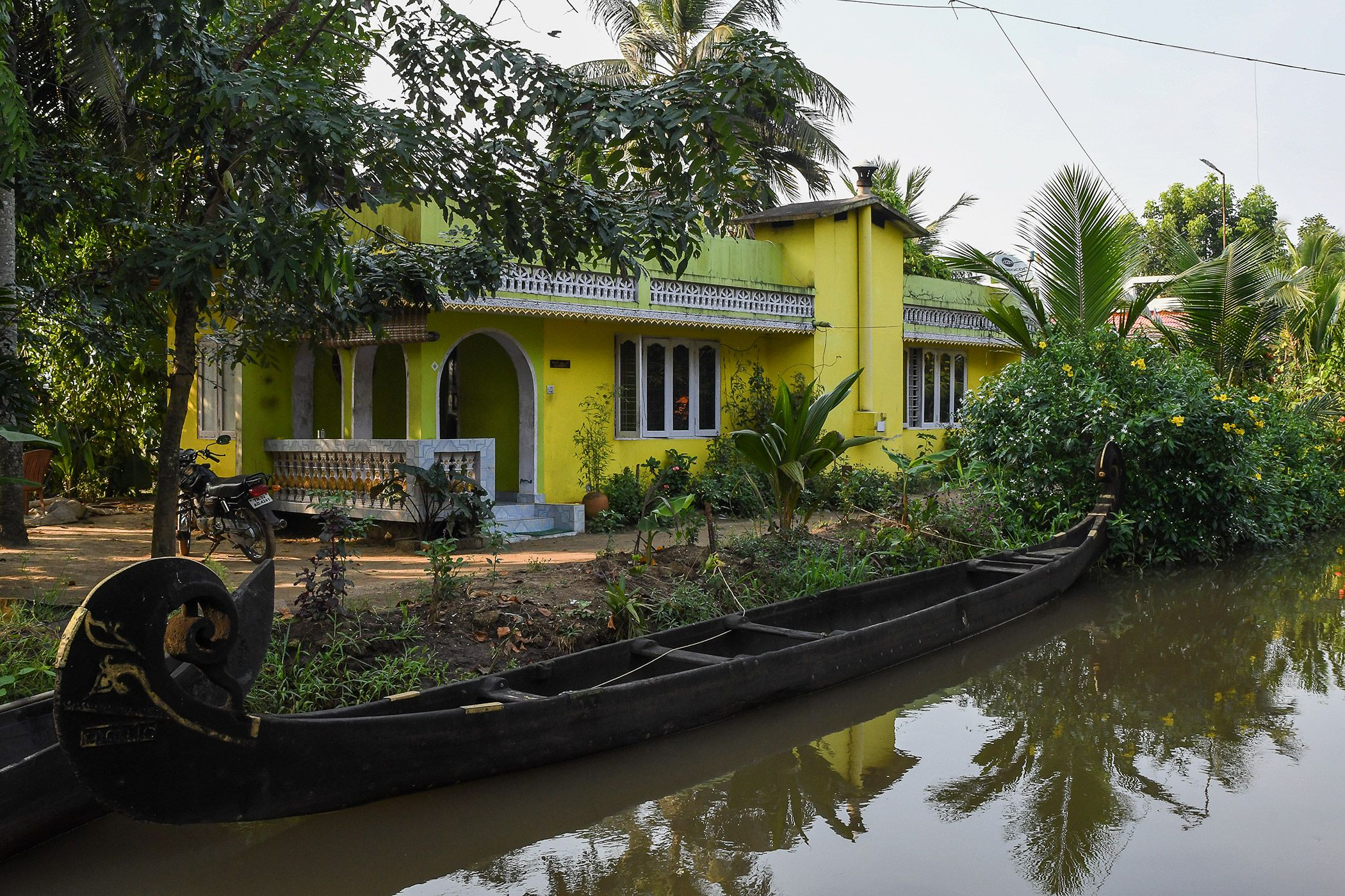 BACKWATERS-03